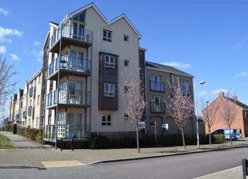 Thumbnail 2 bed flat to rent in Fox Brook, St. Neots