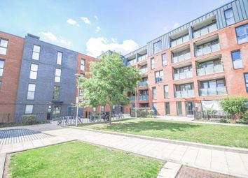 1 bed flat for sale in Isobel Place, London N15
