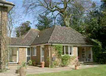 Thumbnail 2 bed flat to rent in Heathway, Camberley, Surrey