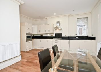 2 bed flat for sale in London Road, Guildford GU1