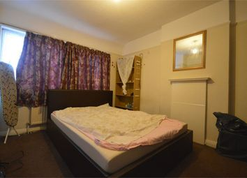 Thumbnail 3 bedroom flat to rent in Crest Road, London