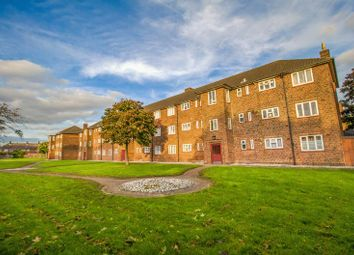 Thumbnail 2 bed flat for sale in Cranell Green, South Ockendon