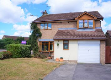 Thumbnail 4 bed detached house for sale in Edgeworth Close, Swindon
