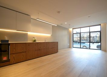 Thumbnail 1 bed flat to rent in Bartholomew Close, St Paul's