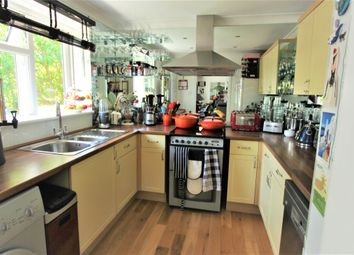 Thumbnail 2 bed flat for sale in Brunwick Park Road, Arnos Grove