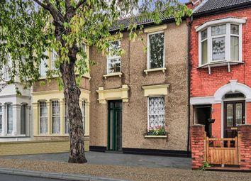 Thumbnail 2 bed flat for sale in Burdett Avenue, Westcliff-On-Sea