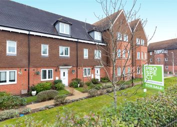 3 bed terraced house for sale in Outfield Crescent, Wokingham, Berkshire RG40