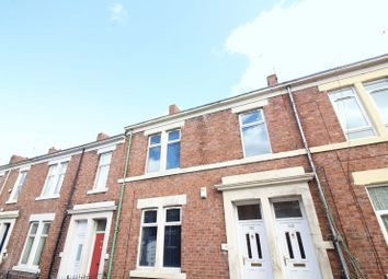 Thumbnail 2 bedroom flat to rent in Croydon Road, Arthurs Hill, Newcastle Upon Tyne
