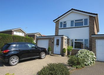 Thumbnail 3 bed detached house for sale in Falcon Road, Calne