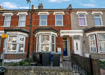Thumbnail 1 bed flat to rent in Old Road West, Gravesend