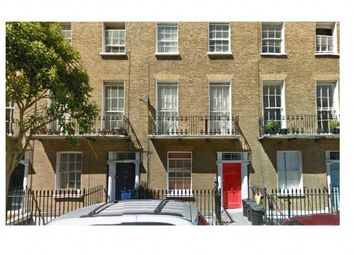 Thumbnail 4 bed flat to rent in Northdown Street, London
