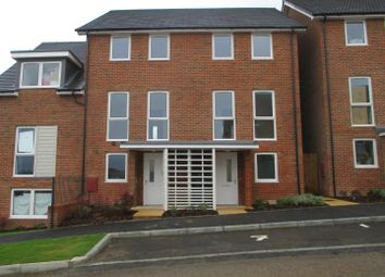 Thumbnail 3 bed town house to rent in Burroughs Drive, Dartford