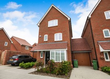 Thumbnail 4 bed detached house to rent in Illett Way, Faygate, Horsham