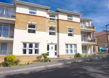 Thumbnail 2 bedroom flat for sale in Medina View, East Cowes