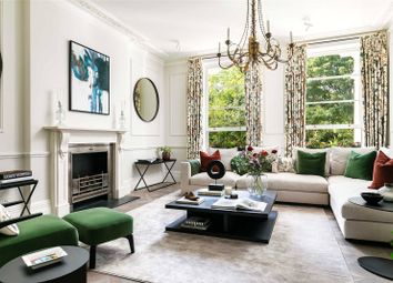 Cadogan Place, London SW1X. 3 bed flat for sale