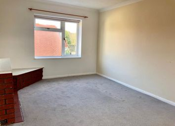 Thumbnail 2 bedroom flat to rent in Henley On Thames, Oxfordshire