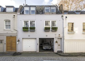 2 bed maisonette to rent in Devonshire Mews South, Marylebone, London W1G