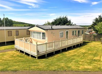 Thumbnail 3 bed mobile/park home for sale in Hillway, Isle Of Wight