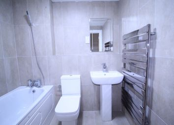 2 bed flat to rent in Charter House, High Road IG1