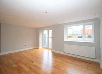 Thumbnail 1 bed flat to rent in Harrington House, Horsham, West Sussex