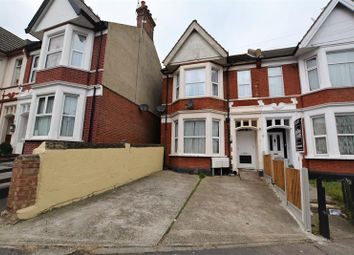 Thumbnail 2 bedroom flat for sale in Heygate Avenue, Southend-On-Sea