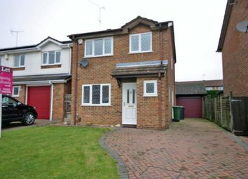 Thumbnail 3 bed detached house to rent in Albury Close, Luton