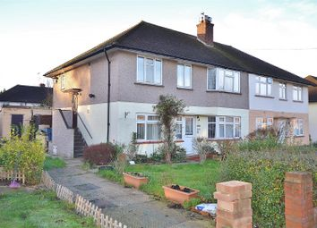 2 bed maisonette for sale in Caernarvon Drive, Ilford IG5