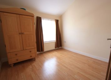 Thumbnail 4 bed flat to rent in Mitcham Rd, Tooting