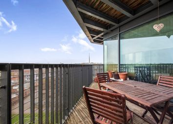 Thumbnail 2 bed flat for sale in Providence Place, Maidenhead