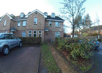 Thumbnail Studio to rent in Poplar Close, Bracknell