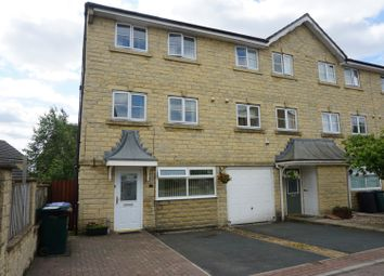 4 bed town house for sale in Yeoman Court, Bradford BD6
