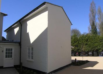 Thumbnail 2 bed cottage to rent in The Square, Pangbourne, Reading