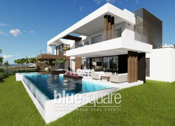 Thumbnail 4 bed property for sale in Estepona, Andalucia, 29660, Spain