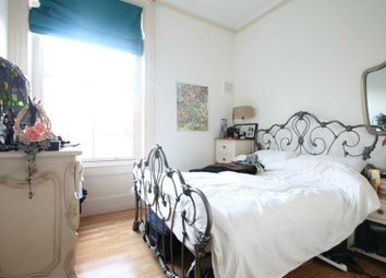 Thumbnail 1 bed flat to rent in Abbeville Road, Clapham