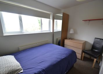Thumbnail Room to rent in Coachwell Close, Malinslee