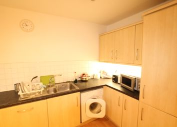 Thumbnail 3 bed shared accommodation to rent in Boardwalk Place, Docklands