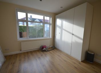 Room to rent in Radcliffe Road, Harrow HA3