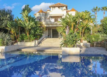 Thumbnail 5 bed villa for sale in Las Chapas, Costa Del Sol, Spain