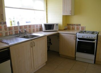 Thumbnail 1 bed flat to rent in Nichol Lane, Bromley