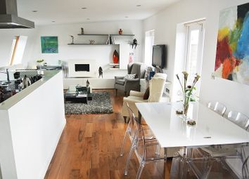 Thumbnail 2 bedroom property for sale in King Henrys Road, London