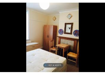 Thumbnail Room to rent in Pennine Drive, London