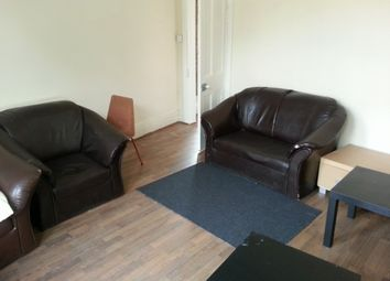 Thumbnail 3 bed property to rent in The Crescent, Hyde Park, Leeds