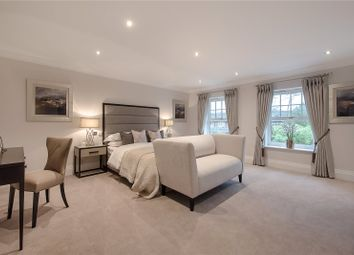 Thumbnail 5 bed detached house for sale in Morris Close, Chalfont St Peter