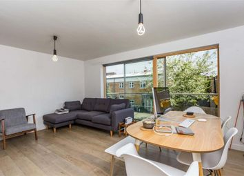 Thumbnail 5 bed flat to rent in Fortescue Avenue, London Fields