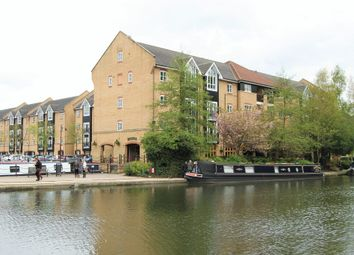 Thumbnail 2 bed flat to rent in Dickinson Quay, Hemel Hempstead