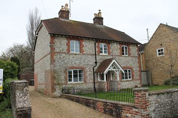 Thumbnail 4 bed detached house to rent in High Street, Sutton Veny