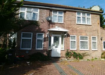 Thumbnail 1 bed flat to rent in Vicarage Farm Raod, Hounslow