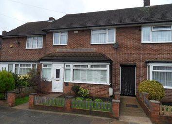 3 bed detached house to rent in Kensington Road, Northolt, Middlesex UB5