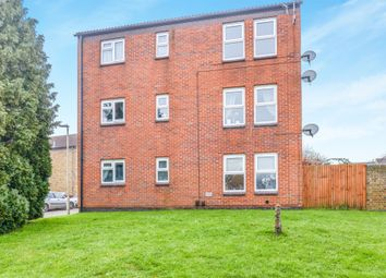 Thumbnail 2 bedroom flat for sale in Great Innings North, Watton At Stone, Hertford