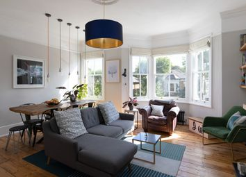 Erlanger Road, Telegraph Hill SE14. 3 bed maisonette